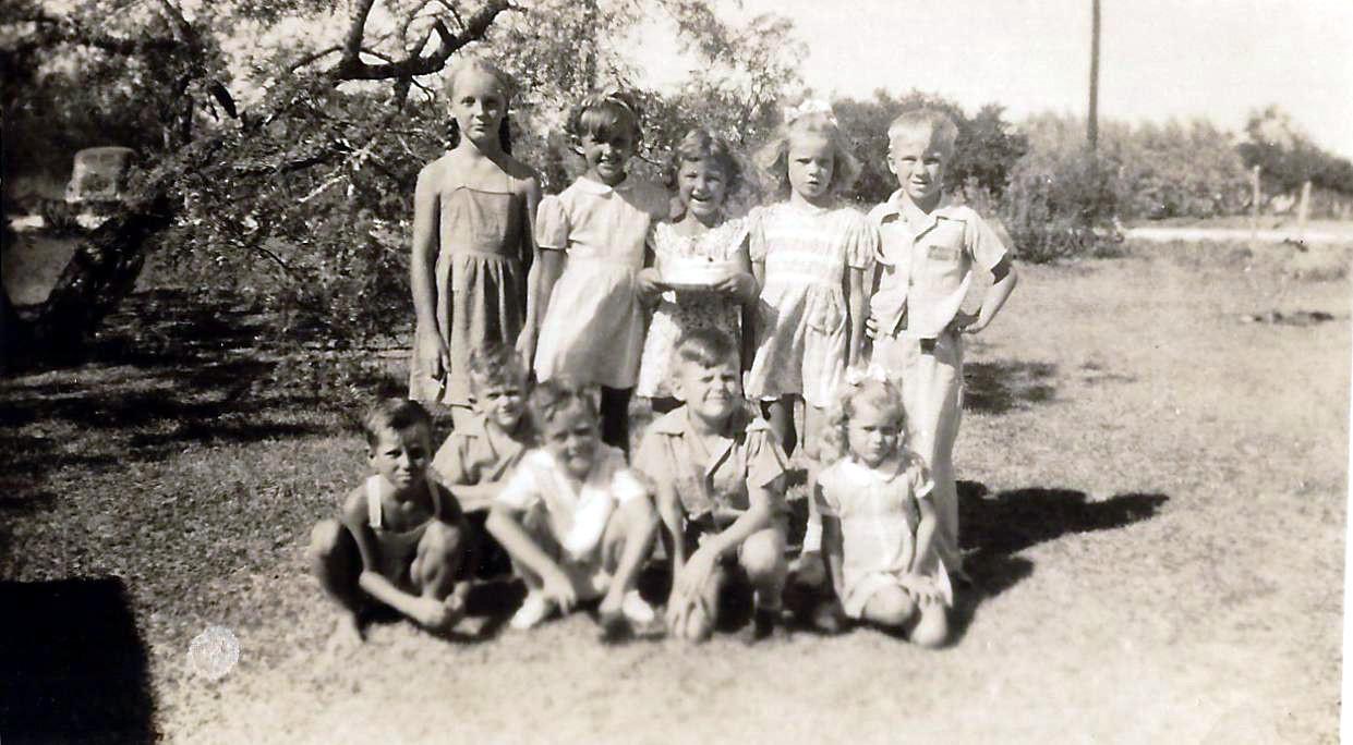1944 Linda 6th birthday