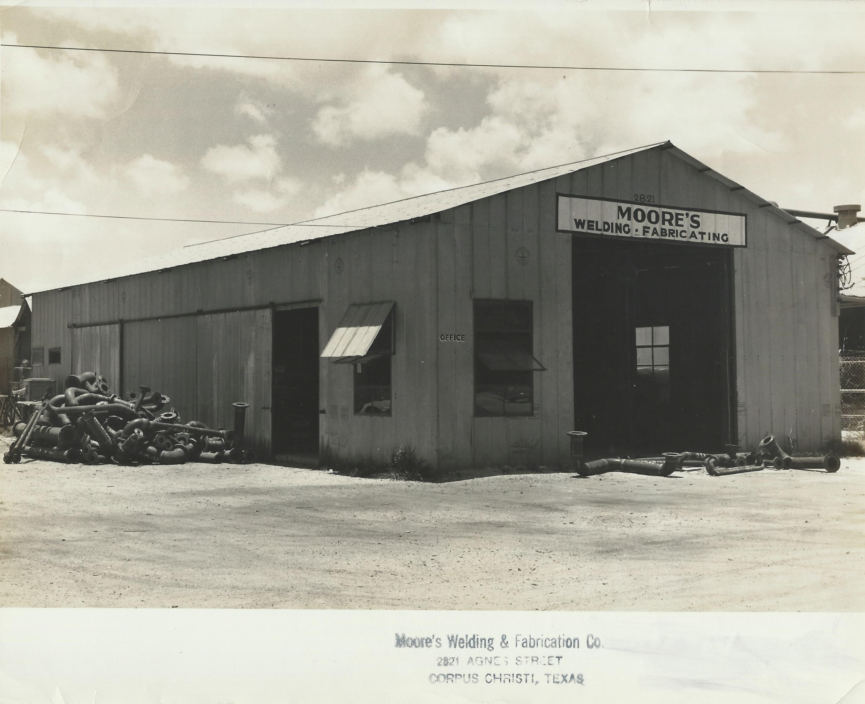 1949 Moore's welding side